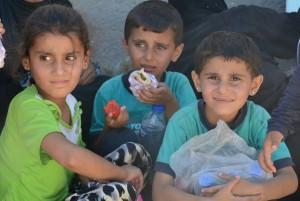 Displaced children from Manbij